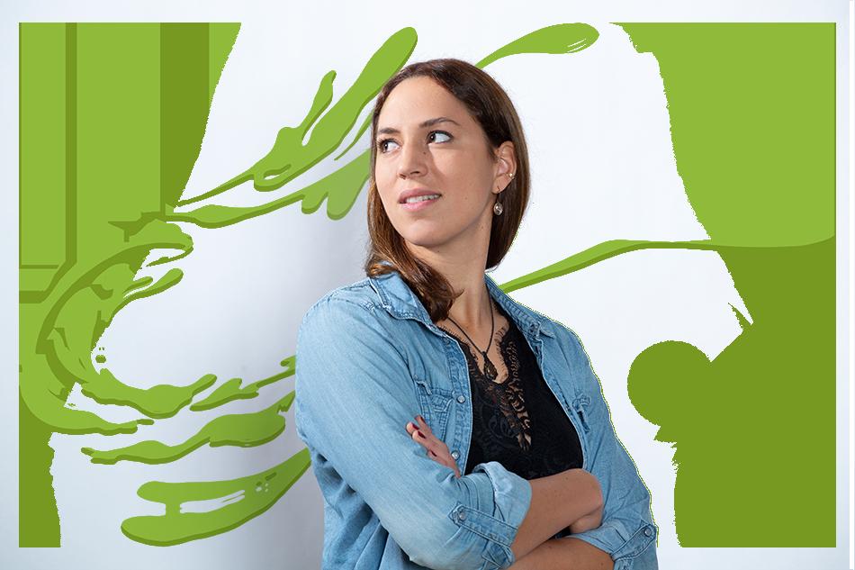 Gestaltungs-Element: Unser Testimonial Sonja guckt verträumt